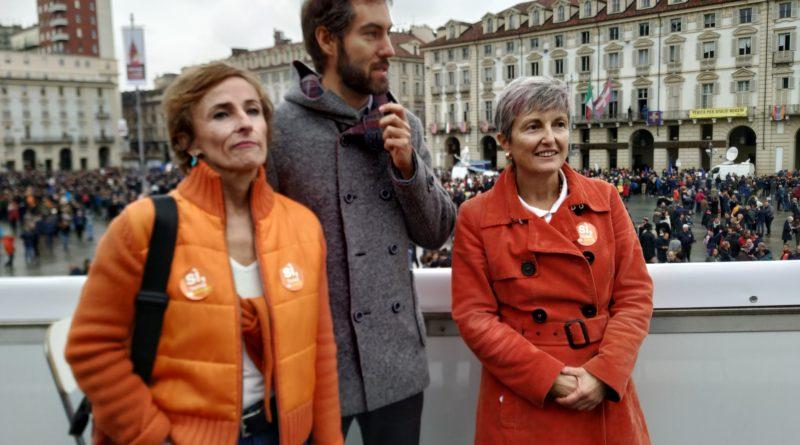 #jesuismadamin: Torino scende in piazza per dire NO alla decrescita felice e SI al futuro