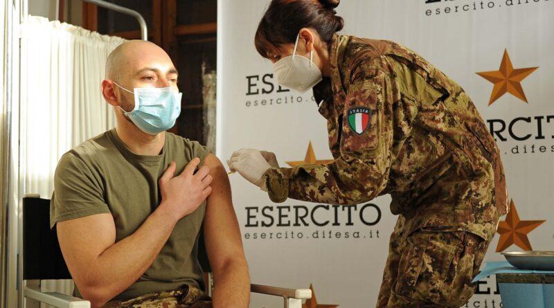 Al via la vaccinazione del personale delle Forze Armate in Piemonte